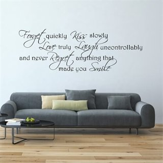 En Wallsticker med texten Made you smile!